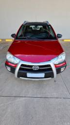 Toyota Etios CROSS 1.5 Mec. 14/14 56 mil km