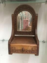 Título do anúncio: Porta Jóias em madeira antiga com espelho