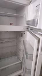 Título do anúncio: Geladeira geladeira geladeira gelaaadeira
