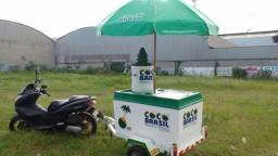 Carretinha de moto de água de coco