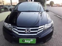 Honda City EX + AUT + Couro e Ar Digital ** 81.000 km rodados