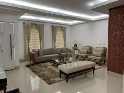 Título do anúncio: Casa de condomínio para venda tem 332 metros quadrados com 4 suites