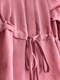 Camisa delicada como uma rosa