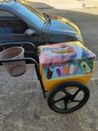 Vendo carrinho de picolé