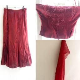 Conjunto de saia e bustie de fesra, tamanho