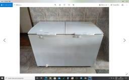Vendo Freezer Semi Novo