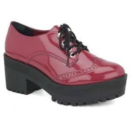 Promoção Sapato Oxford Feminino Via Marte 18-5501 últimos pares 33 e 35