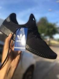 Tênis Adidas HU (?Aceitamos cartões e PICPAY?)