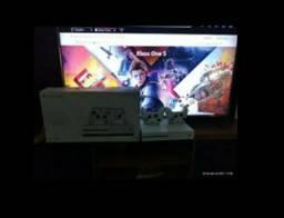 XBOX ONE S / 1 TB DE MEMÓRIA