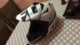 Título do anúncio: Vendo capacete V3