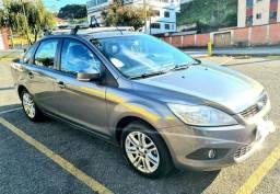 Focus Ghia automático todo revisado