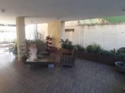 Itapuã Lindo Apartamento Garagem Condomínio Oportunidade