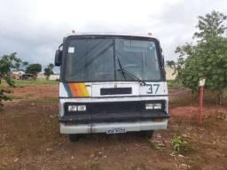 Vendo micro ônibus 1979