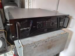 Vendo amplificador soundbarrier de 4.000 RMS valor 2500 reais