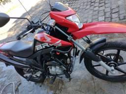Vendo Bros 160 linda  o troco por uma moto cc.250