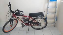 Bicicleta motorizada em perfeito estado
