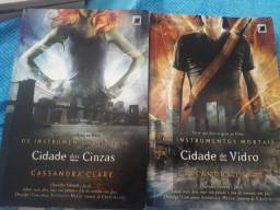 Livro instrumentos mortais cidade de vidro e cidade das cinzas
