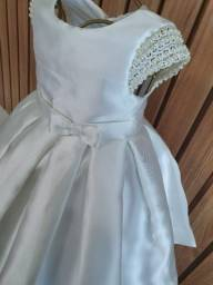 Vendo vestidos de Festas