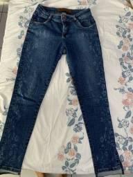Título do anúncio: Calça jeans e calça gestante da lupo