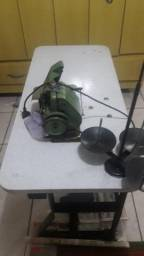 Máquina Overlok com Bancada 3 fios