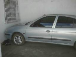 Vendo megane - 2002