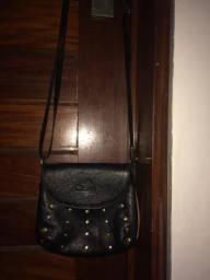 Bolsa tira colo de couro preta