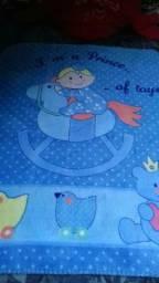 Cobertor semi novo menino