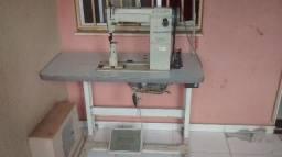 Máquina para fabricar calçados