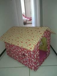 Vendo casinha de madeira revestida em tecido para cachorros