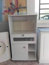 Armário microondas e forno