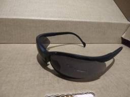 Óculos de sol para motociclista
