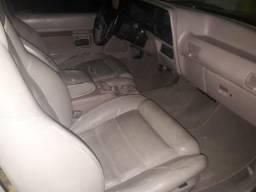 Caminhonete Ford Explorer XLT 4X2 - 1994