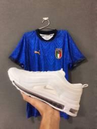 Blusa de time + tênis airmax 97