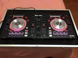 Controladora numark mix track pro 3 na case