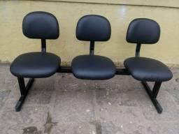 Longarina de três assentos
