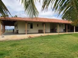Belíssima Fazenda de 570 t, com ,casa sede, casas de vaqueiro, curral coberto completo
