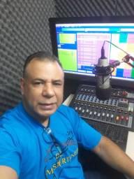 Locutor Val Siqueira