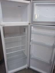 Refrigerador Consul duplex cicle de Frost conservado