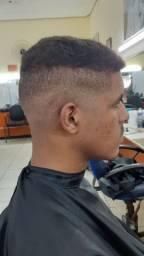 Barbeiro em construção
