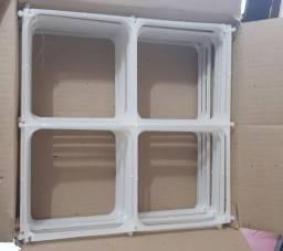 2 caixas de tela plástica para balão com 12 cada + caixa de medidas