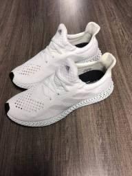 Tenis Adidas Futurecreft