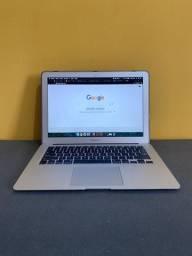 """Macbook AIR 13"""" 8gb ram 256gb Ótimo estado e funcionamento"""