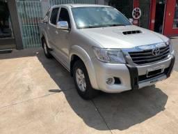 Toyota Hilux SRV Completa