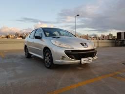 Peugeot 207 Passion XR Sport - Completão com revisões em dia - Pneus novos