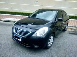 Nissan Versa 1.6 Completo