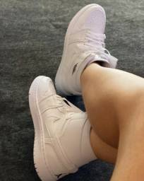 Jordan branco