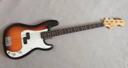 Baixo Squier by Fender Precision P Bass