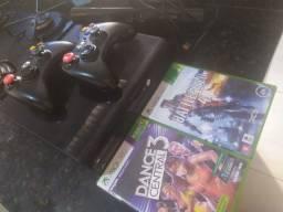 Xbox 360 com 250 GB