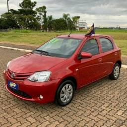 Toyota - ETIOS X 1.3 Flex 16V 5p Mec. - 2017