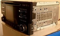 Título do anúncio: Vendo, Rádio - CD Player Original do Sentra 2014/2015